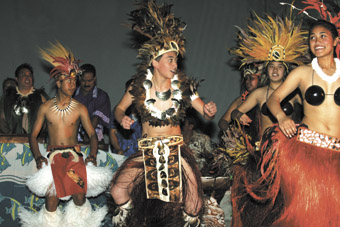 Echoes of Polynesia dancers