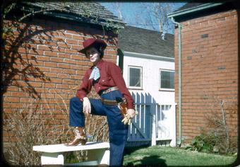 Elvis Richardson, Slide Show Land Dorothy