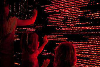 L–E–D–LED–L–ED, dilight inc. (Japan), 2007, Ars Electronica Centre