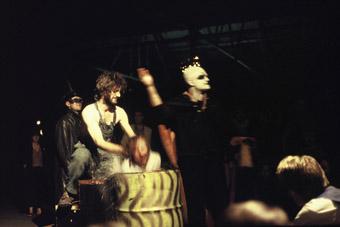 Ross Cameron, Stewart Vaskess, Anne-Marie Sinclair, Patrick Troy, Flowers of Gold, Bezerkii Carnival, Old Kingston Bus Depot, Canberra (1993)