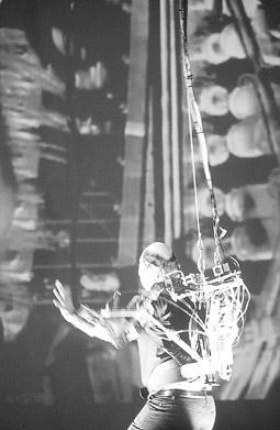 Stelarc, MOVATAR performance 2000, Casula Powerhouse