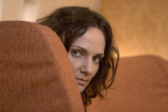 Catherine McClements as Kate, Call Me Mum