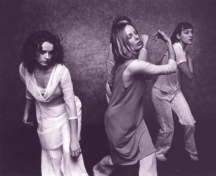 Carlee Mellow, Rachel Roberts, Joanna Lloyd (hidden), Belinda Cooper, Live Opera Situation, DW98