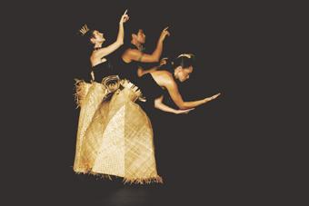 Polytoxic, Teuila Postcards