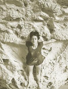 Evelyn Switajewski in To Run—Sand (rehearsal)