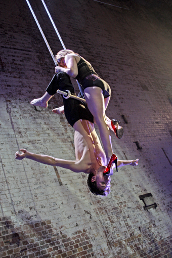 Jesse Scott, Emma Serjeant, Wunderkammer, Circa, Brisbane Festival 2010