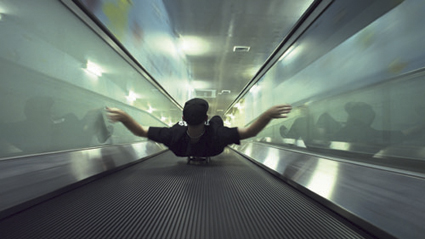 Shaun Gladwell, Parallels (2011), synchronised dual channel HD video