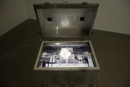 Refolding (Laboratory Architecture), Kira O'Reilly & Jennifer Willett, InBetween Time,