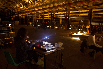 Marina Rosenfeld (foreground), Cannons performed by Decibel, THNMF 2011