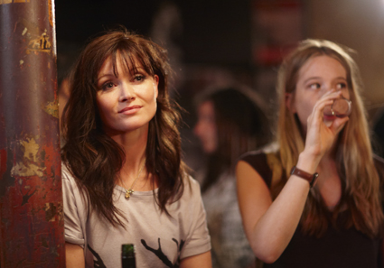 Essie Davis (Anouk), Sophie Lowe (Connie), The Slap