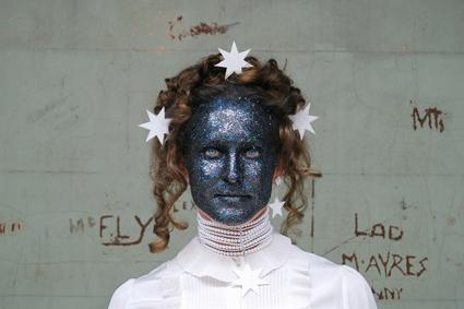 Liam Benson, Glitterface, 2010