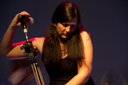 Donna Hewitt with eMic, Lady Electronica