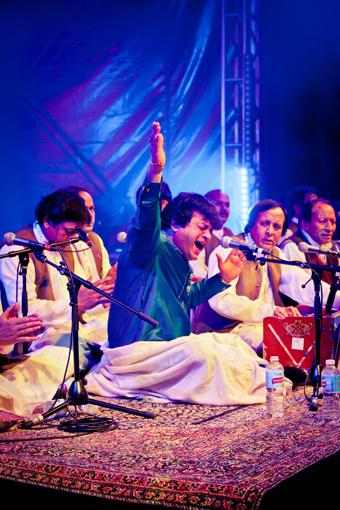 Asif Ali Khan & Group
