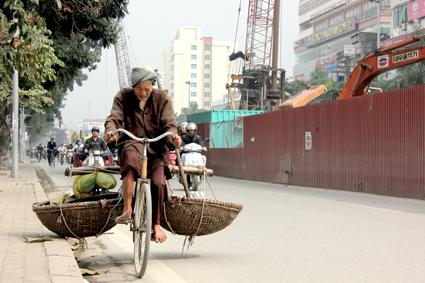The Old Man who Sells Bananas (2012), Tu Thi Thu Hang