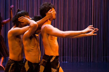 Diaphanous, Ochre Contemporary Dance Company
