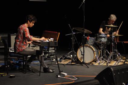 Magda Mayas, Tony Buck, SoundOut 2013