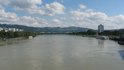 The Danube, Linz