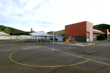The Ronalds, Queenstown school, Disappearing TASMANIA (2006)