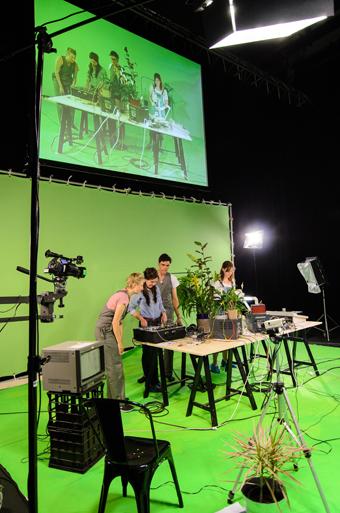 Television Behaviour Studies, Pia van Gelder, Tele Visions