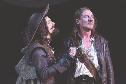 Yalin Ozucelik, Richard Roxburgh in Sydney Theatre Company's production of Cyrano de Bergerac