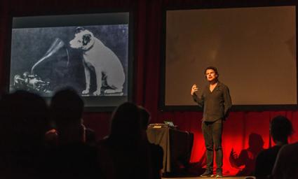 Erik Bünger, Performance Lecture