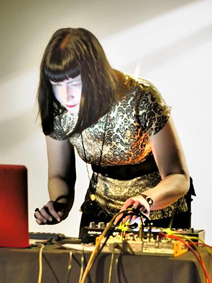 Stanier Black Five (Jo Burzynska) performs Oenosthesia, Lines of Flight, Dunedin Public Art Gallery