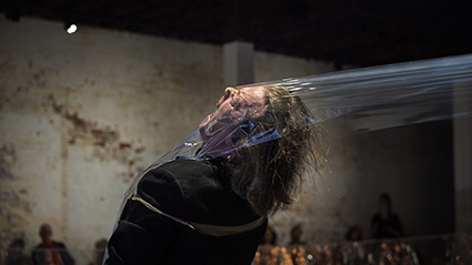 Johannes Sistermanns: installation, Space/Pli