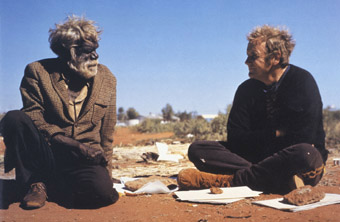 Tribal elder Old Tom Onion and Geoff Bardon in 1971, Mr Patterns