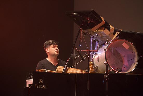 James Hullick, Rotation Post-Sapien performance, Hong Kong (2015)