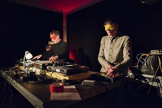 Blindfold Babies, Radio Revolten