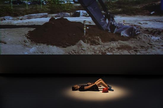 Geumhyung Jeong, Oil Pressure Vibrator, PuSh Festival
