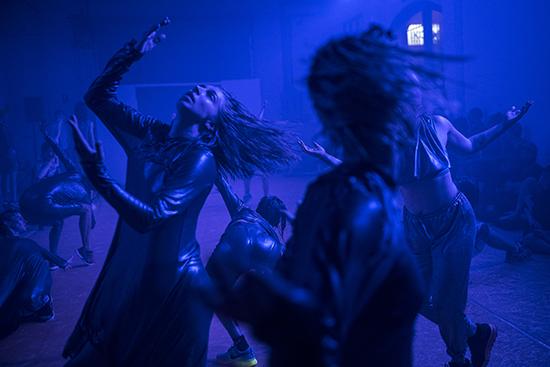 Deep Sea Dances, Rebecca Jensen and ensemble, Dance Massive 2017